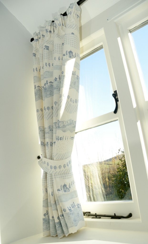 Curtain Makers Crewkerne Somerset The Little Curtain