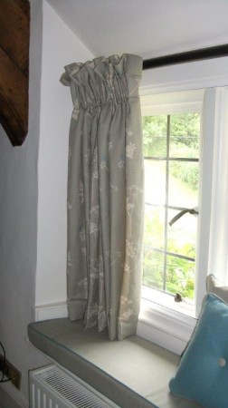 Vanessa Arbuthnott The Little Curtain Workshop